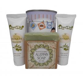 Lata de cosméticos con crema de manos, champú y jabón artesano de Alepo