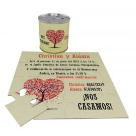 Invitacion de boda en puzzle arbol con lata