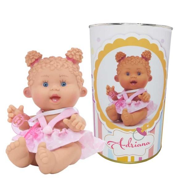 Muñeca Adriana en lata personalizada